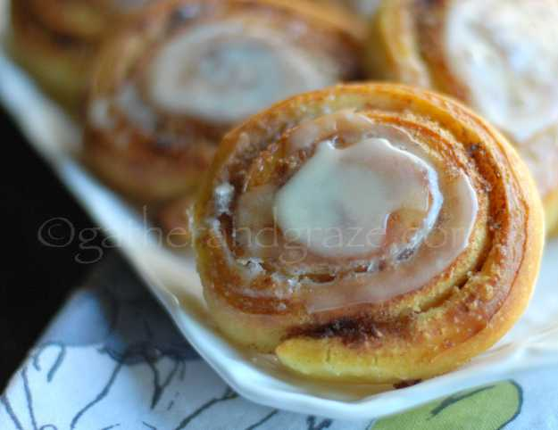 Cinnamon & Saffron Scrolls | Gather and Graze