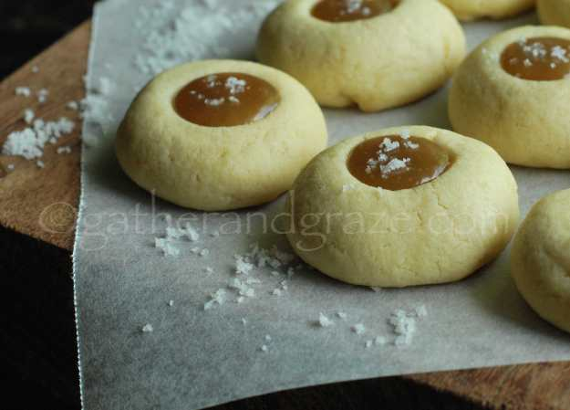 Salted Caramel Cookies | Gather and Graze